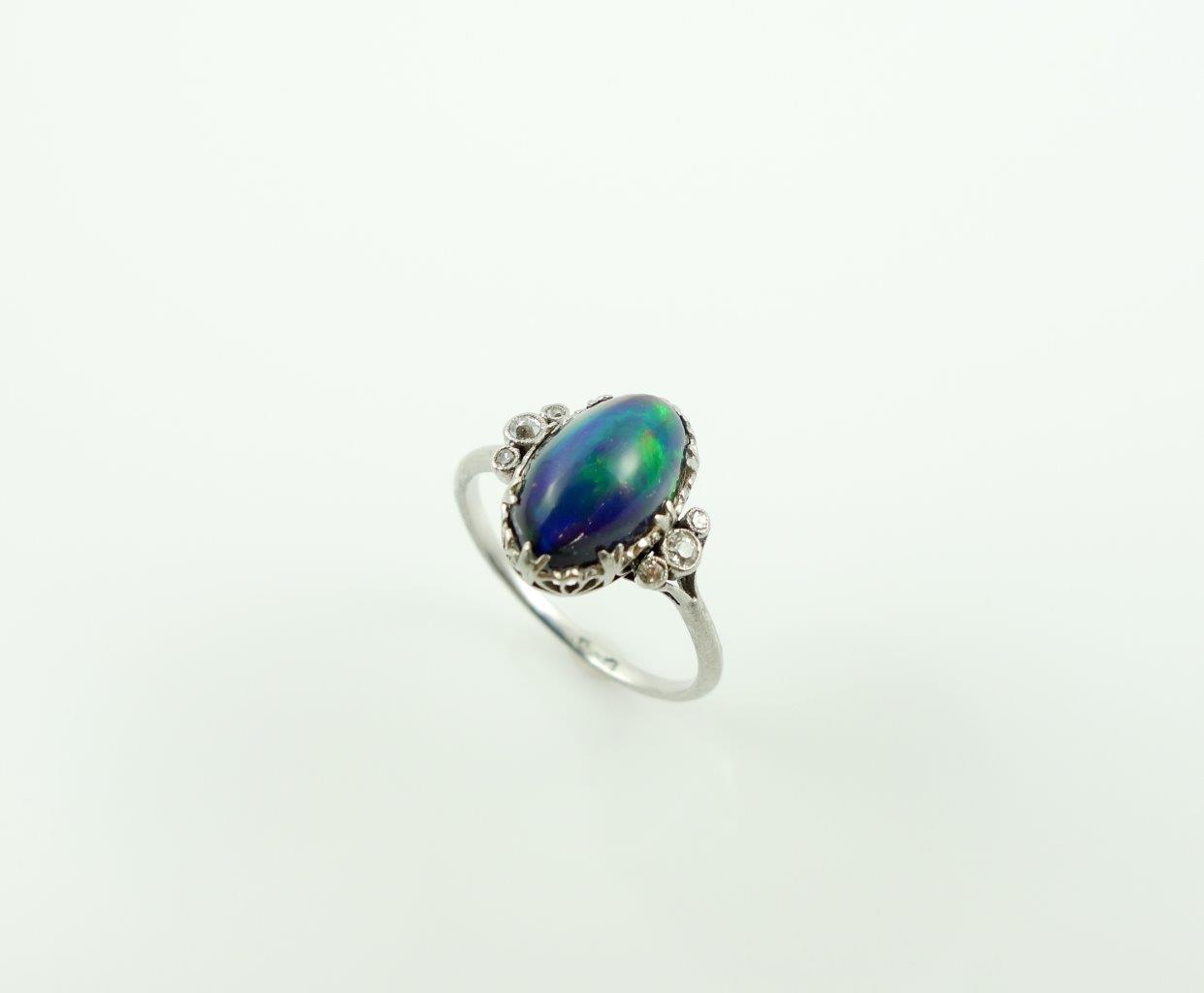 Ring - Platinum Diamond opal doublet